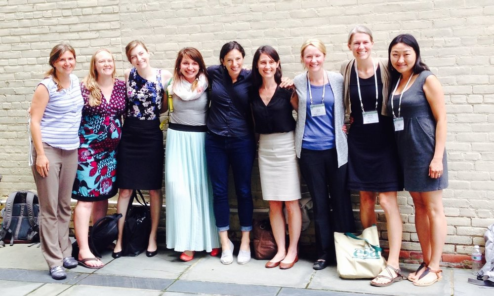 Prior to 500 Women Scientists, Jane, Kelly and co-organizer Teresa Bilinski organized an Ignite Session at ESA 2015 which focused on women who study microbial communities.