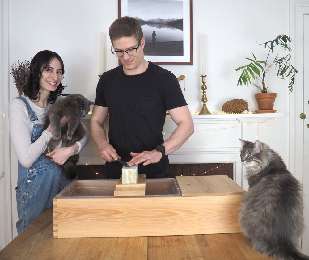 Evan's support team consists of his wife, Becky, who has an eye for design (and emotional support), as well as his two cats, Icarus and Florence, who often like to closely observe each sharpening session and give feedback whether Evan wants it or not.