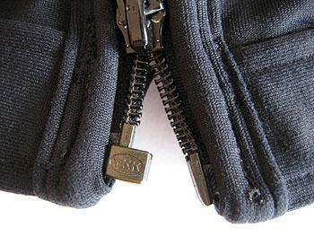 zipper_snag.jpg