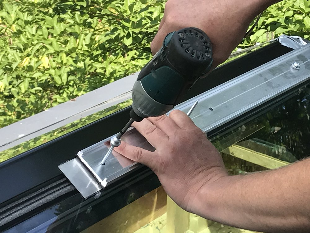 ...This process is a simple mechanical attachment that allows a robust water and airtight connection without the use of wet glazed sealants...