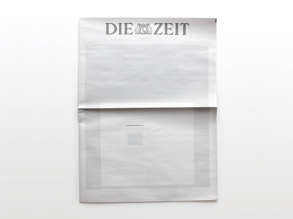 NOTHING IN DIE ZEIT  :  Newspapers from around the world with nothing in them.