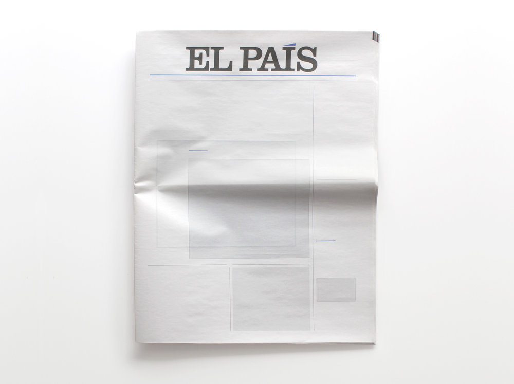 NOTHING IN EL PAÍS:  Newspapers from around the world with nothing in them.