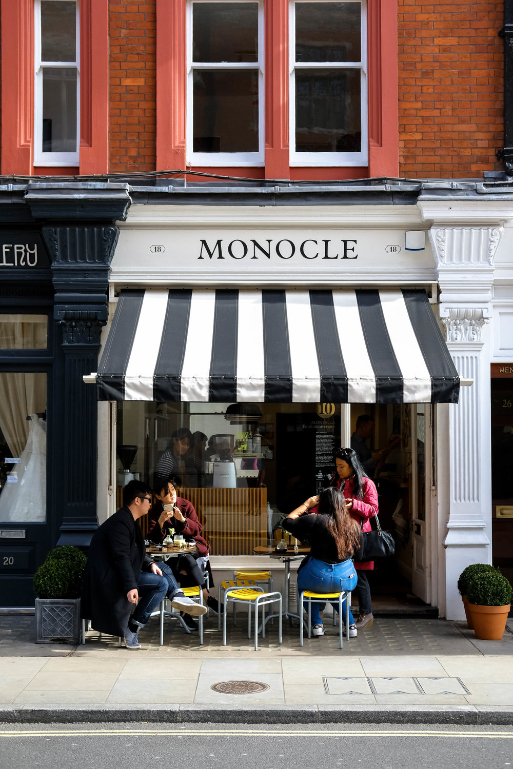 "<p style=""font-family:brandon-grotesque;font-weight:500; font-size:11px; text-center:left; color:light grey;letter-spacing: 1px"">MARCH 12, 2017 • MONOCLE • 📍 London, UK</p>"