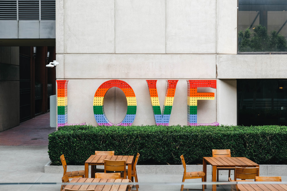 "<p style=""font-family:brandon-grotesque;font-weight:500; font-size:11px; text-center:left; color:light grey;letter-spacing: 1px"">AUGUST 4, 2017 • LOVE & PRIDE • 📍 San Francisco, CA</p>"