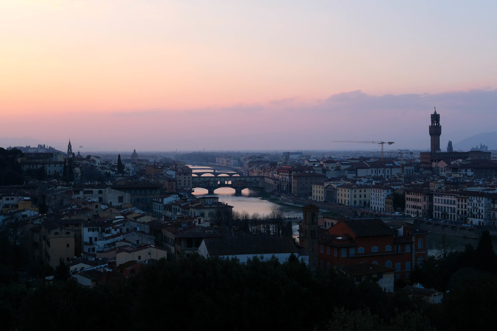 "<p style=""font-family:brandon-grotesque;font-weight:500; font-size:11px; text-center:left; color:light grey;letter-spacing: 1px"">MARCH 27, 2018 • ARRIVEDERCI FIRENZE • 📍Florence, Italy 🇮🇹</p>"