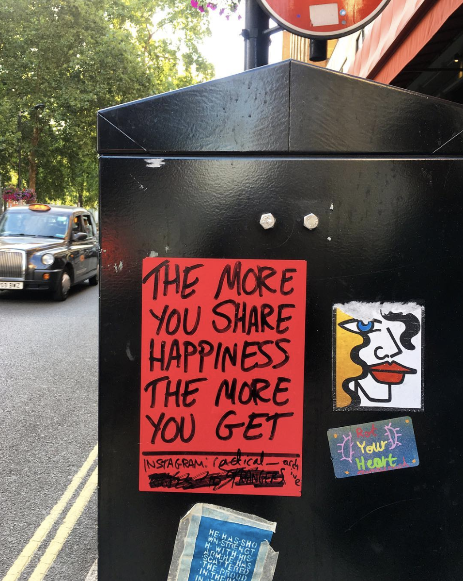 OCTOBER 26, 2018 • HAPPINESS • 📍London, UK 🇬🇧