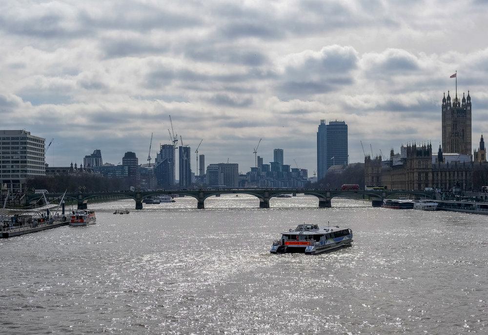 NOVEMBER 30, 2018 • ONE YEAR OF LONDON! • 📍London, UK 🇬🇧