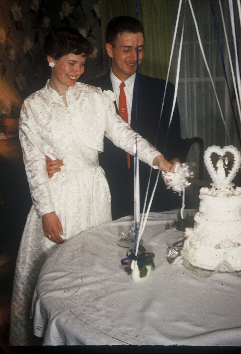 Howard and Kay Wedding Cake.jpg