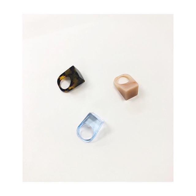 Icon Rings are here in Classic Tortoise, Marbled Peach & Illusion Blue! Shop link in Bio or visit us in person this weekend at our Nashville Pop Up at Goodwin!