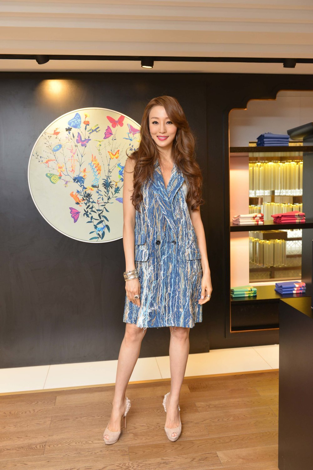 Hong Kong supermodel Eunis Chan wore Alex Leau to attend the Redress Design Award 2015/16 Hong Kong launch event