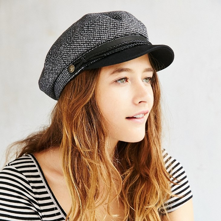 Brixton Fiddler Cap in Gray - 2017 was the year of the fiddler cap. It was impossible to scroll through Instagram without seeing a variation of the is hat and because of the repetition, I did as all millennials do and went out and bought one. It may not have been the most original look but it was pretty freakin' cute. I loved how it made any outfit a little bit chic-er and allowed me to cover up my fourth day hair with style.