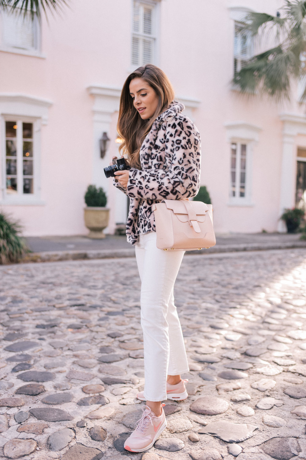 Another leopard coat that takes this causal outfit to the next level!