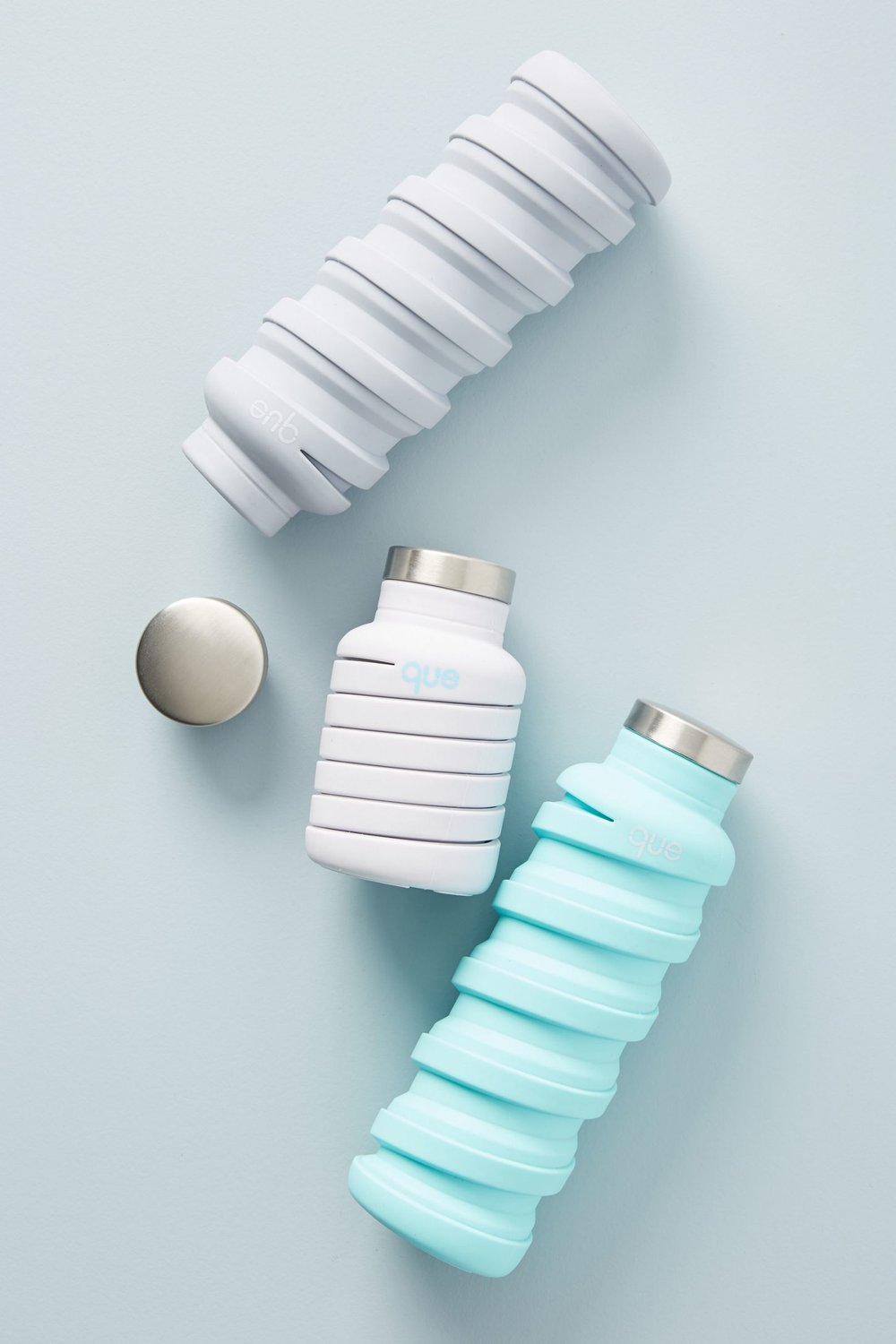 Que Bottle - Que Bottle is everything you'd want in a reusable bottle. It's collapsable for easy storage, BPA-free, dishwasher safe, and most importantly doesn't make your water taste like weird (I have one so I would know!). And it comes in 15 different fun colors to choose from for your friend (or yourself).Who is this perfect for? The health nut and outdoorsy campers in your life.