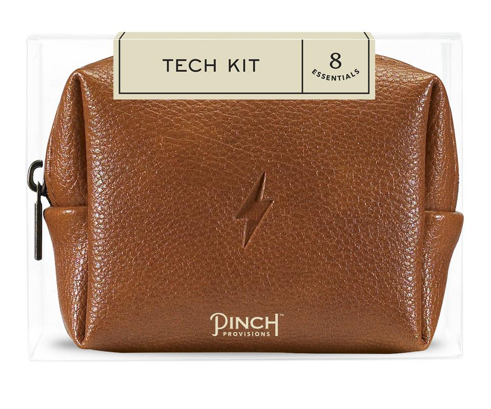 Pinch Provisions Men's Tech Kit - Remember these little pouches from Urban and Antrho that had little essentials like lip balm, advil, and sewing kit? Well this is one of the guys and to be honest I think girls would like this too!! Inside you'll find a phone/tablet stand, USB charging cube, 2-in-1 usb charging cable, earbuds, password cheat sheet, screen cloth, and two leather cord organizers all in this very cute leather pouch, which would fit perfectly in that Everlane backpack *wink wink*.