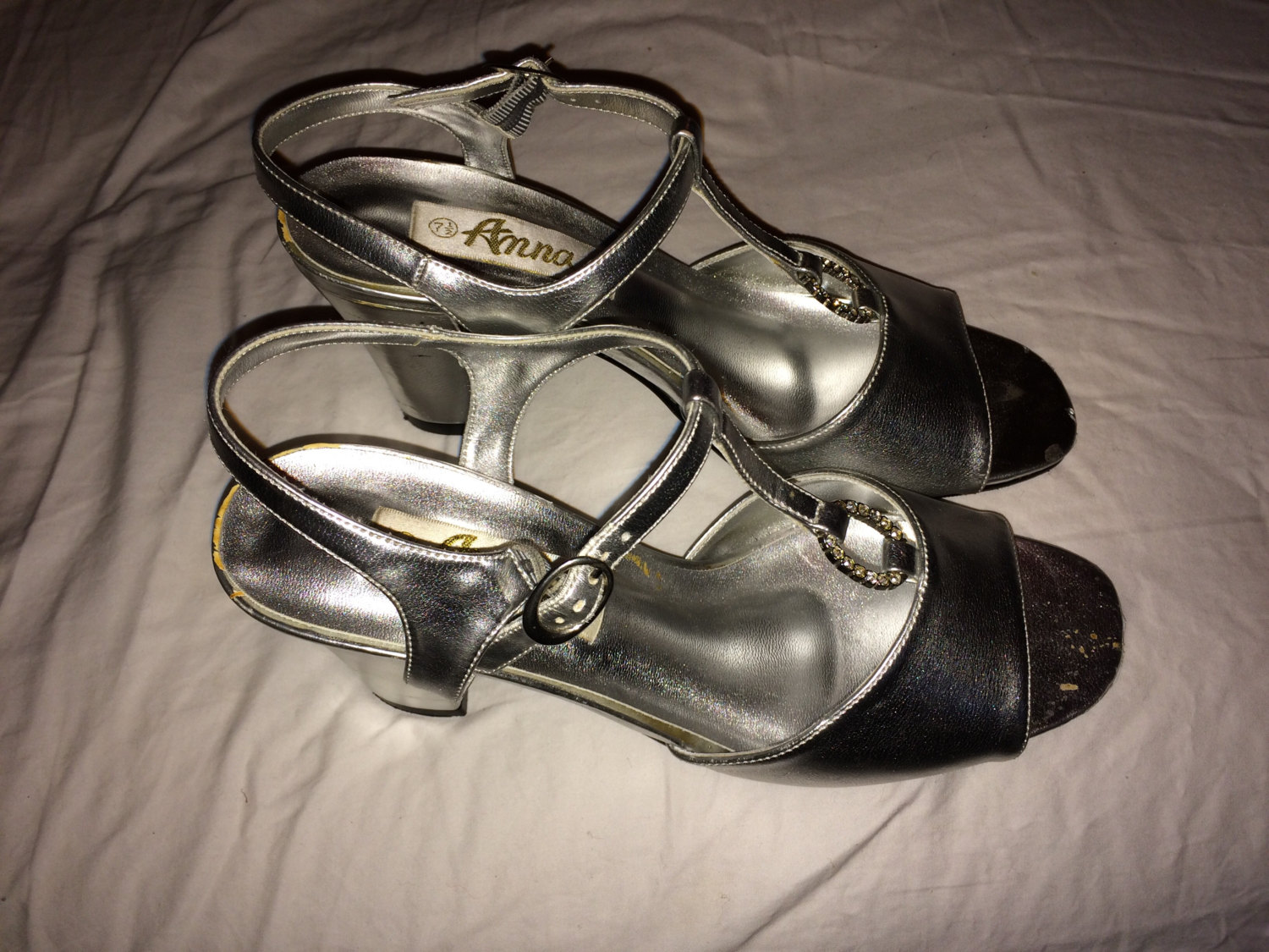 276357e6ab Vintage Silver Stacked Heel Sandals with Rhinestones! size 7.5 ...