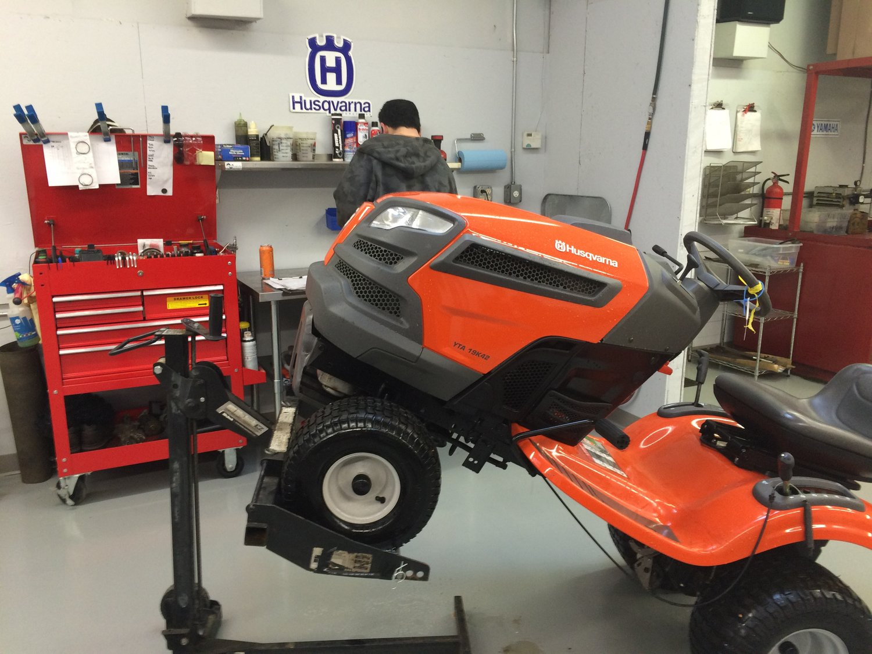 Lawn Tractor Or Riding Mower Repair Coastal Enginuity Troy Bilt Fuel Filter