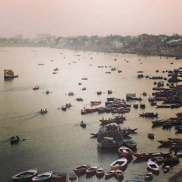 Sunset in Varanasi on the sacred Kashi Ganga. Om Namah Shivaya. #varanasi #benares #kashi #shiva #yogis