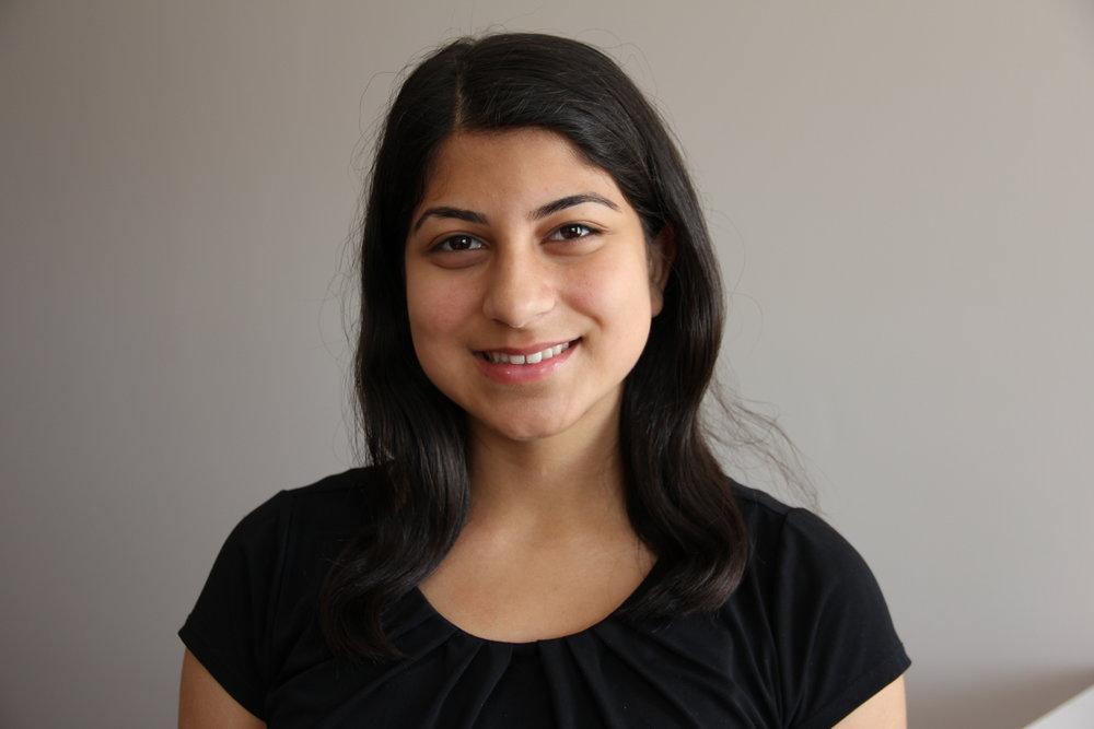 Esha Sharma-HS smile (1).JPG