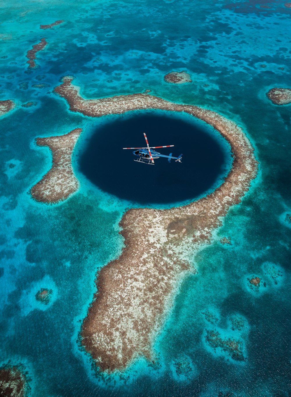 The Great Blue Hole Bell 407