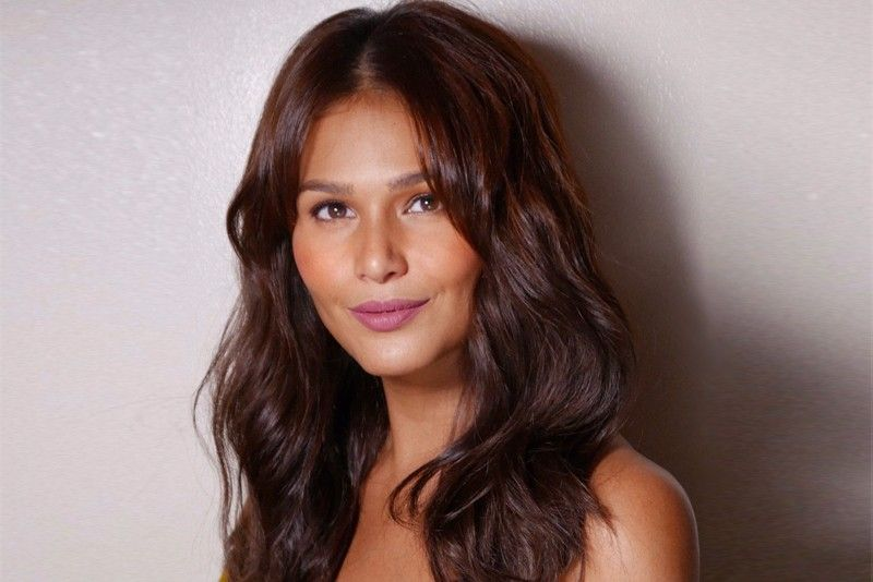 HEAD OF CONTENT, BUSINESS DEV'T  - IZA CALZADO