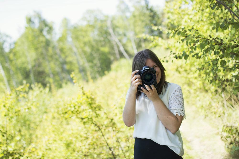 Din bröllopsfotograf, gravidfotograf och nyföddfotograf i Stockholm.