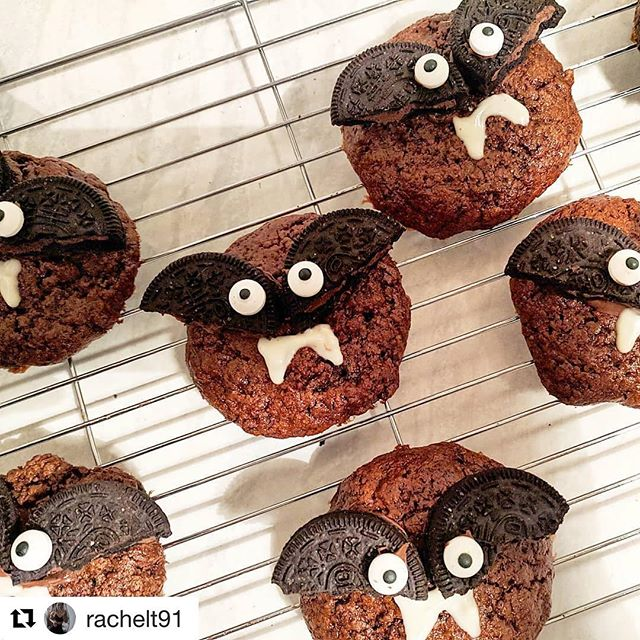 Happy Halloween!  treat the right way with ffs! #Repost @rachelt91 ・・・ Happy Halloween 🦇🎃👻 . Chocolate orange protein cookies 🍪 made using @forfitssakeltd chocolate protein, @pipandnut chocolate orange almond butter topped with a brownie Oreo and hidden nuttella underneath 🤤