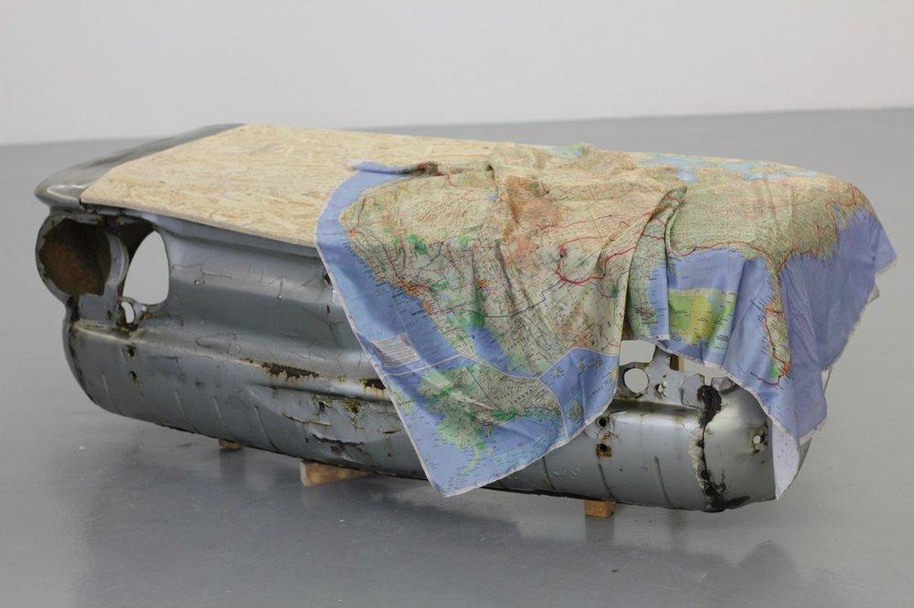 Camille Ayme, What Else is there?, 2015.   Carcasse de Chevrolet Corvair 1964 vernie, capot en OSB, impression sur soie naturelle. 190 x 50 x 40 cm