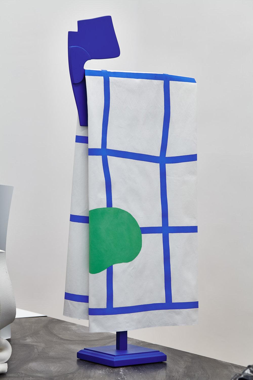 Éva Taulois,  When Sunny Gets Blue , 2015. Toile de coton, acrylique, bois, 33 cm x 100 cm x 19 cm