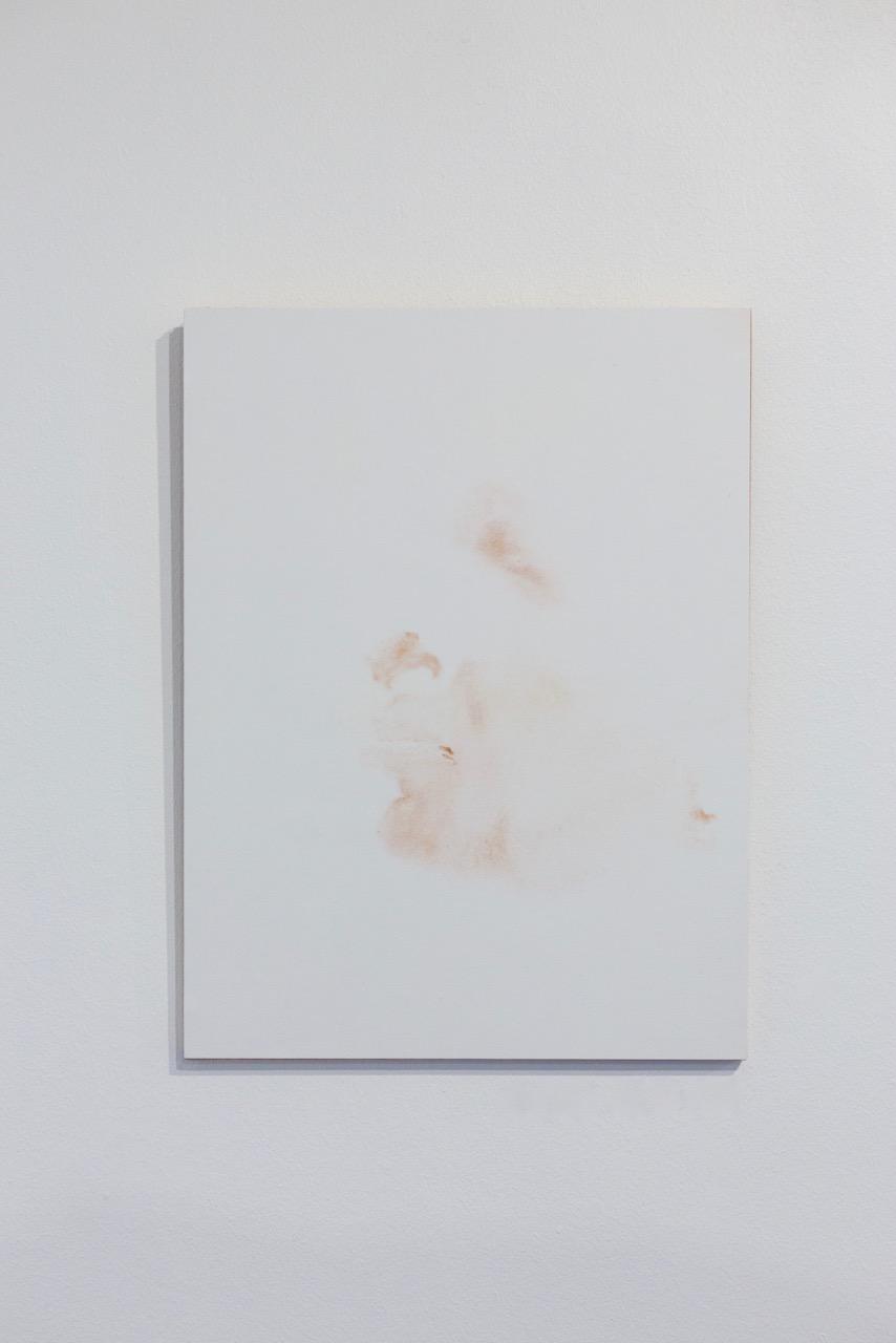 Sabrina Belouaar,  Mate de peau , 2017. Maquillage sur papier, 31 cm x 24 cm