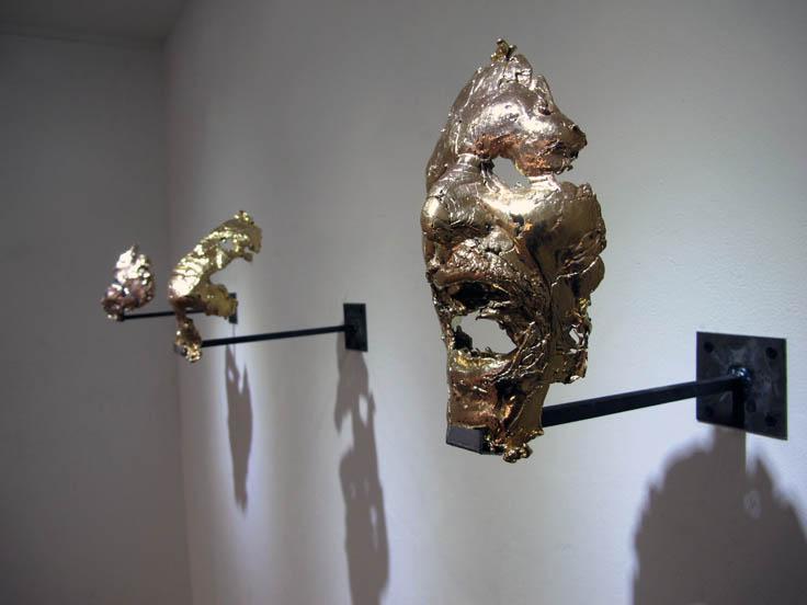 Ugo Schiavi, Rebuscadores de oro,   2016, plomb plaqué or