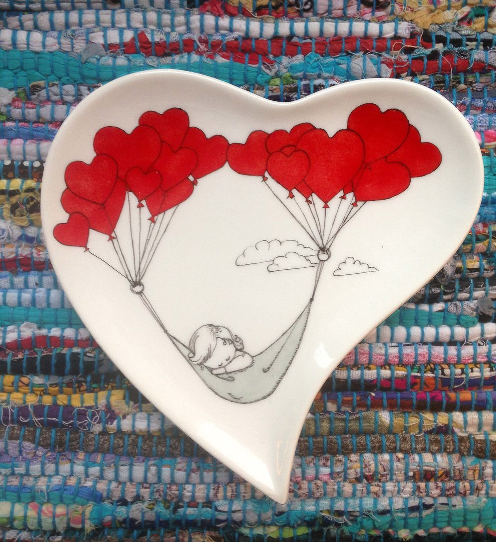 Porcelain heart plate
