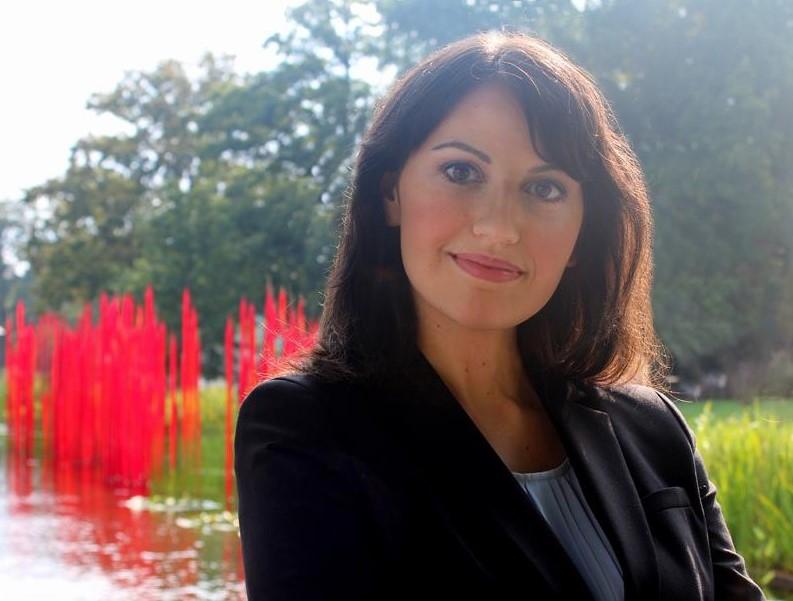 Irina Manelis ,  Owner