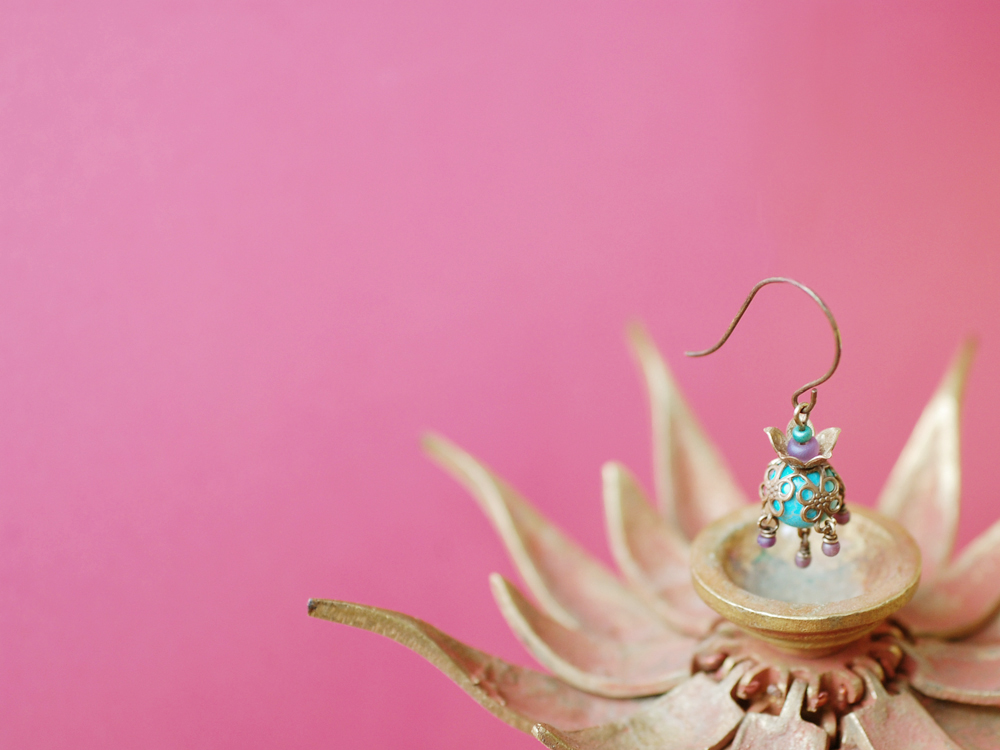 Mini-Tibet-Lotus-Earrings-04.jpg