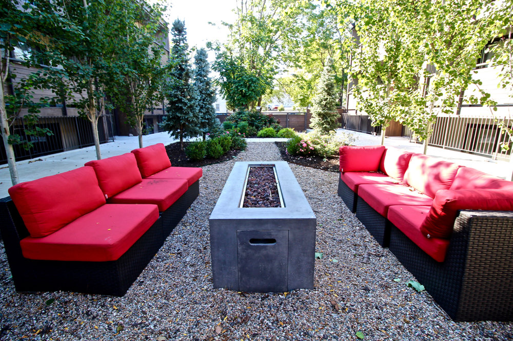 The Lakota on Grand Fire Pit | Kansas City Plaza Apartments