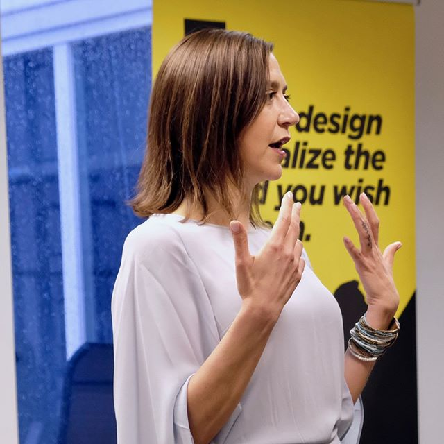 What would your future look like if you knew when to be afraid and when to be fearless? This was the big question Lena DiGenti put to us at her Sip Session!  #nolittlequestions  #sipsessions #futuredesign #futuredesigners #designingfutures #futuresworthfightingfor #disrupt #leadership #rethinkbusiness
