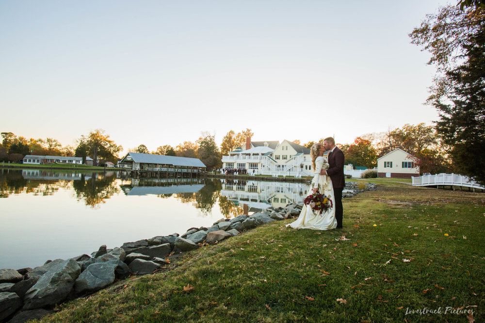 THE_OAKS_ON_THE_WATERFRONT_MARYLAND_WEDDING--9571.jpg