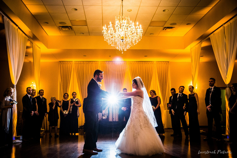 PHILADELPHIA_BALLROOM_WEDDING_PHOTOGRAPHY--91.jpg