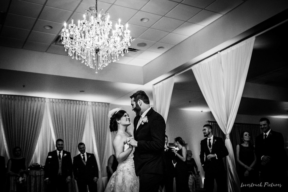 PHILADELPHIA_BALLROOM_WEDDING_PHOTOGRAPHY--93.jpg