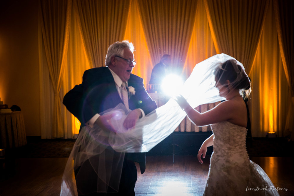 PHILADELPHIA_BALLROOM_WEDDING_PHOTOGRAPHY--96.jpg