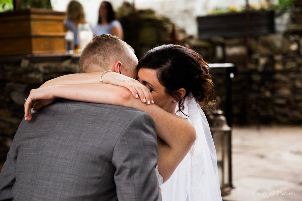 LOVESTRUCK PICTURES WEDDING PHOTOGRAPHY PHILADELPHIA -041.jpg