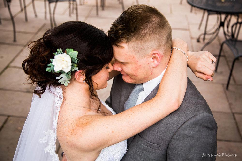LOVESTRUCK PICTURES WEDDING PHOTOGRAPHY PHILADELPHIA -045.jpg