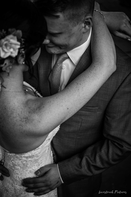 LOVESTRUCK PICTURES WEDDING PHOTOGRAPHY PHILADELPHIA -046.jpg