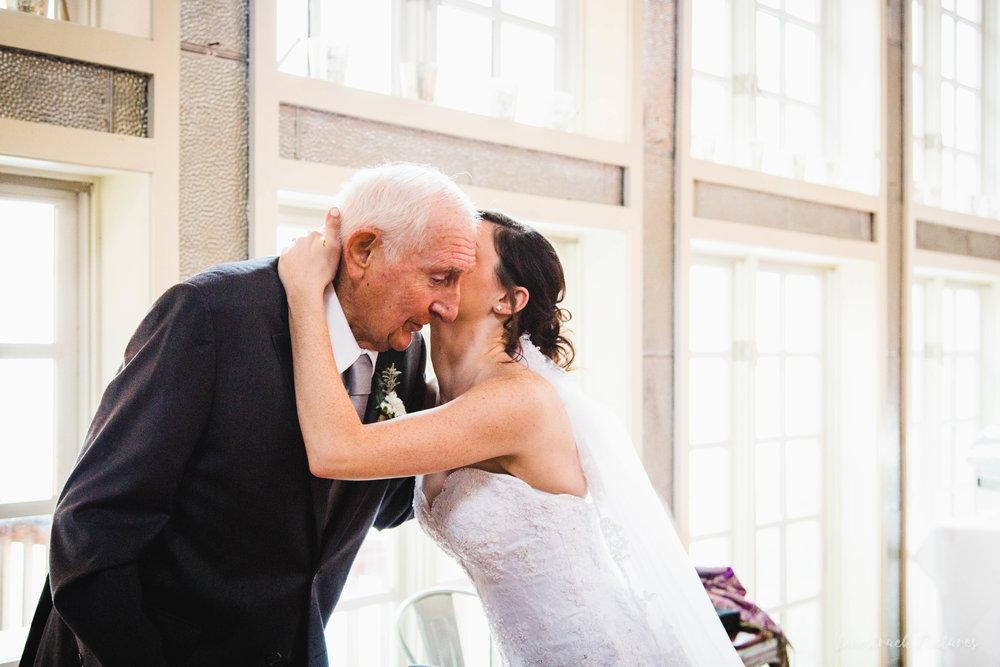 LOVESTRUCK PICTURES WEDDING PHOTOGRAPHY PHILADELPHIA -064.jpg