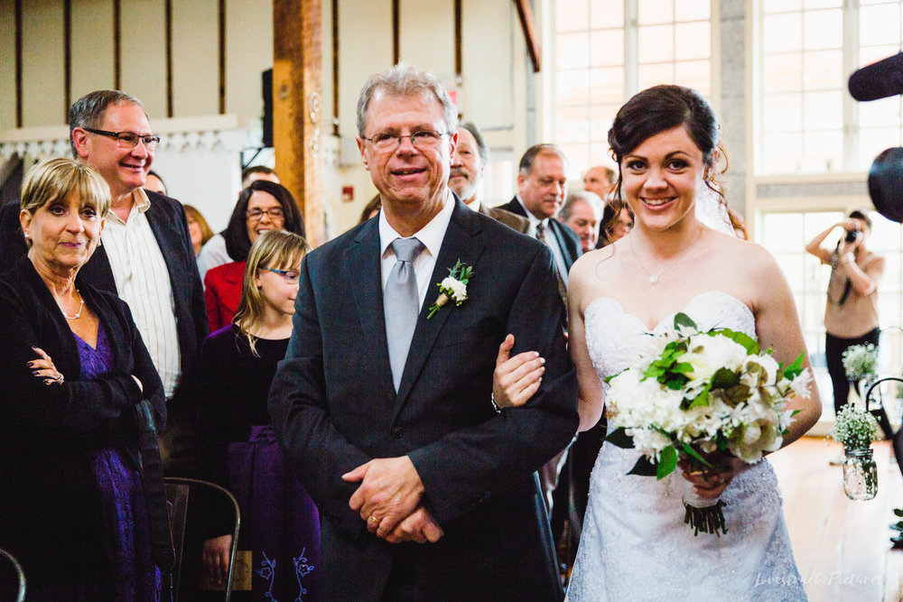LOVESTRUCK PICTURES WEDDING PHOTOGRAPHY PHILADELPHIA -087.jpg