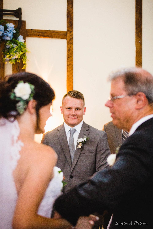 LOVESTRUCK PICTURES WEDDING PHOTOGRAPHY PHILADELPHIA -088.jpg