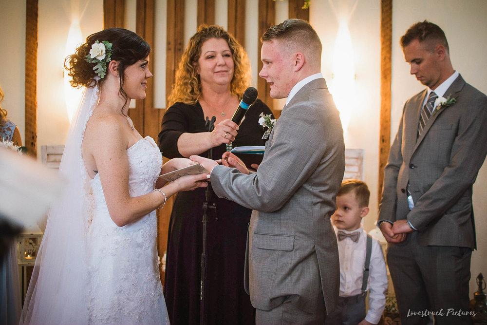 LOVESTRUCK PICTURES WEDDING PHOTOGRAPHY PHILADELPHIA -096.jpg