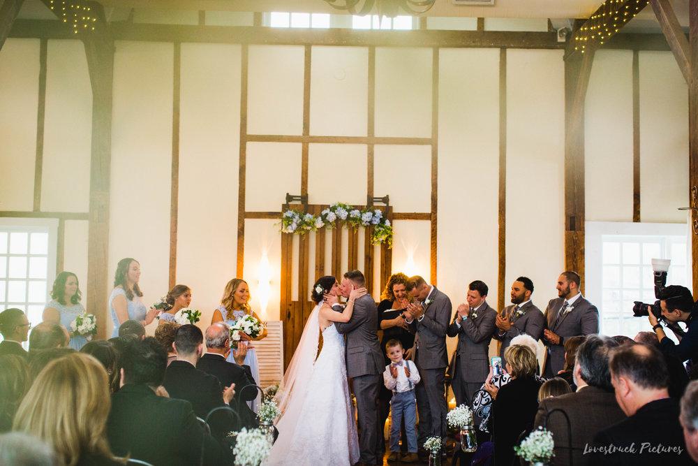 LOVESTRUCK PICTURES WEDDING PHOTOGRAPHY PHILADELPHIA -102.jpg