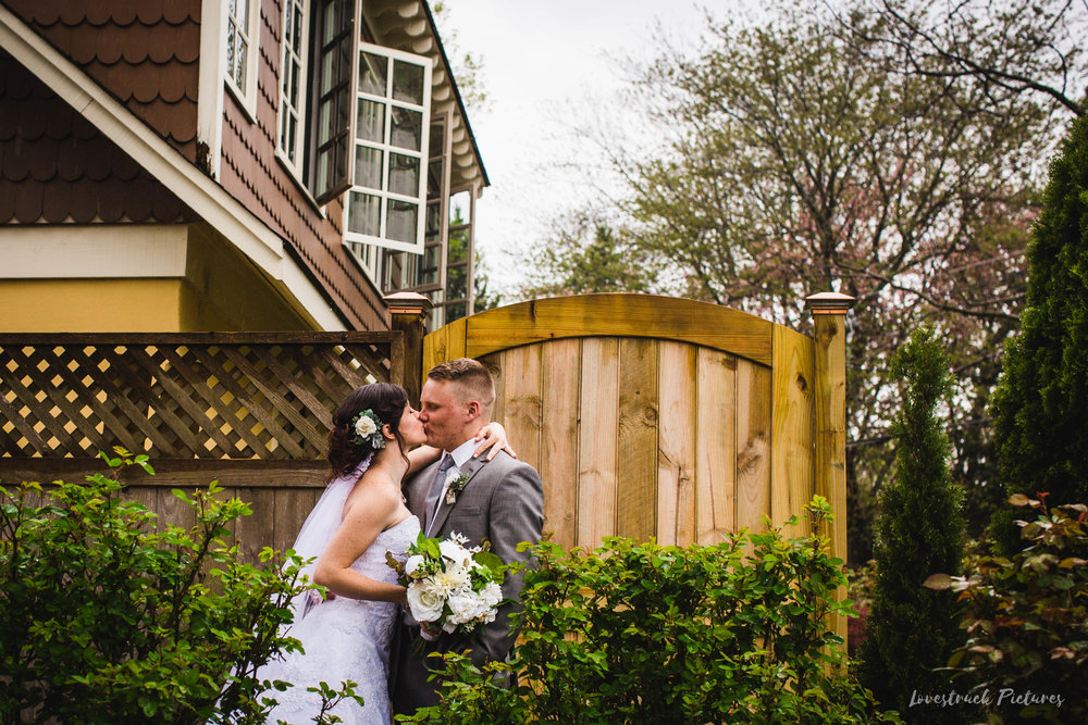 LOVESTRUCK PICTURES WEDDING PHOTOGRAPHY PHILADELPHIA -106.jpg