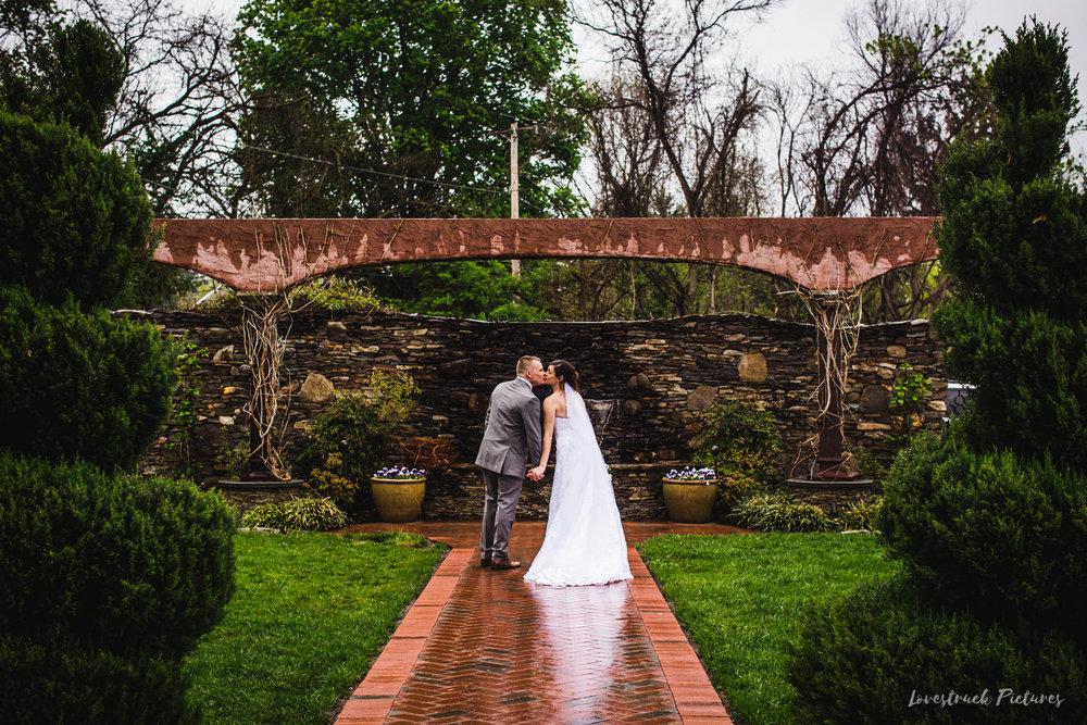 LOVESTRUCK PICTURES WEDDING PHOTOGRAPHY PHILADELPHIA -107.jpg