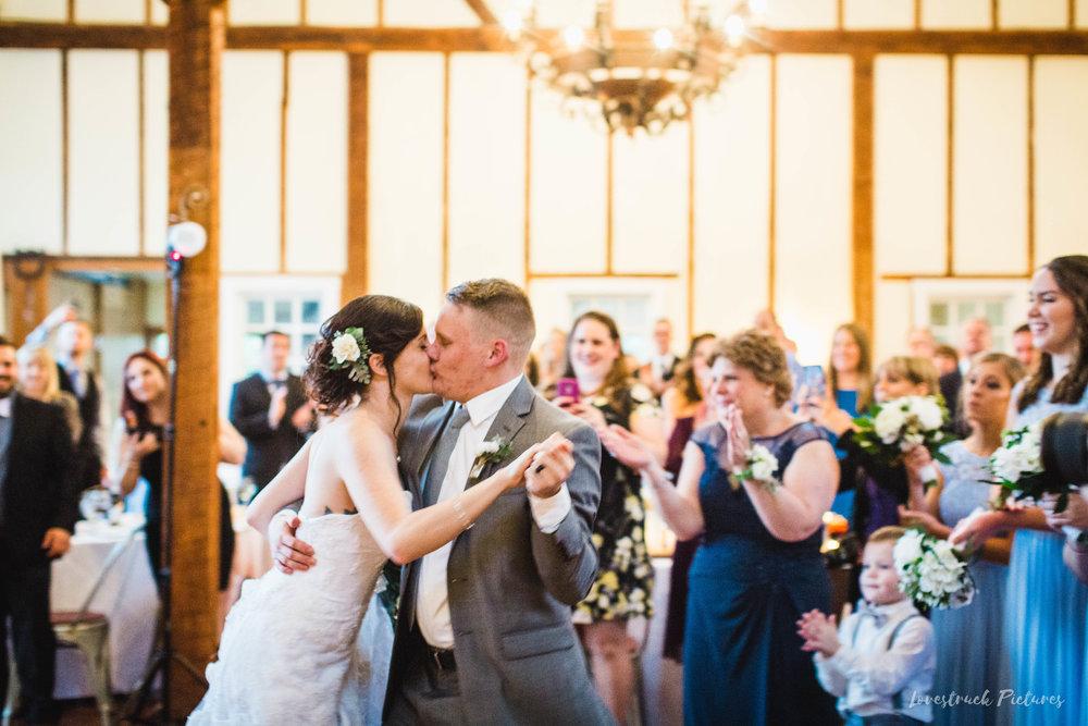 LOVESTRUCK PICTURES WEDDING PHOTOGRAPHY PHILADELPHIA -110.jpg